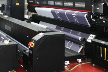 The Difference between digital and screen printing